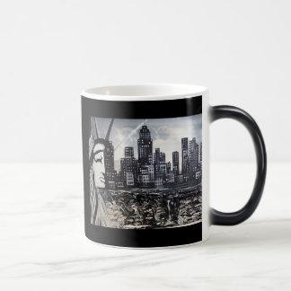 New York Morphing Mug