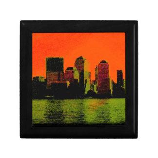 new york red trinket box