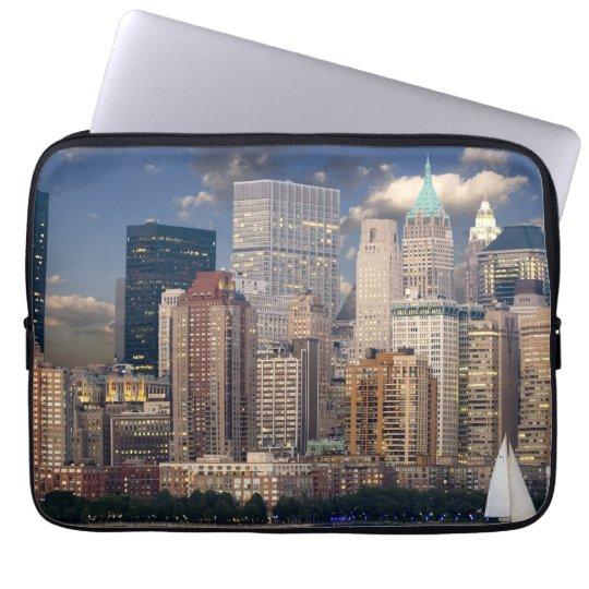 New York Skyline Manhattan Hudson Laptop Sleeve