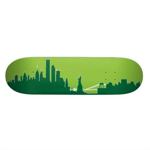 New York Skyline Skateboard