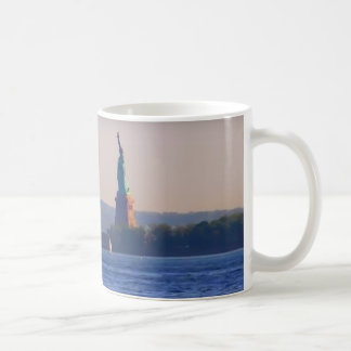 NEW YORK STATUE OF LIBERTY COFFEE MUG