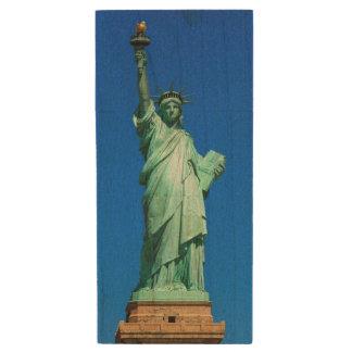 New-York, Statue of Liberty Wood USB 2.0 Flash Drive
