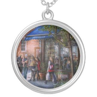 New York - Store - Greenwich Village - Jefferey's Round Pendant Necklace