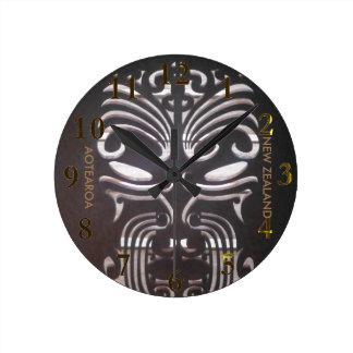 new zealand aotearoa round clock