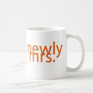 newly mrs-orange basic white mug