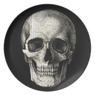 Newspaper skull plate