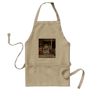 Newsstand - Standing room only 1908 Standard Apron
