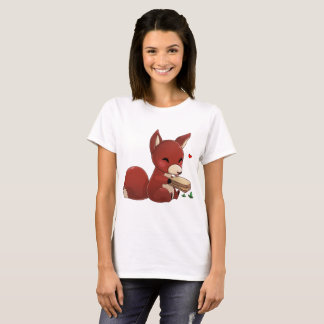Nice fox with peanut butter sand-yielded T-Shirt