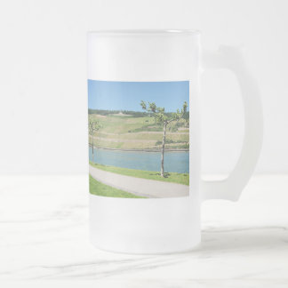 Niederwalddenkmal with coarse home on the Rhine Frosted Glass Beer Mug
