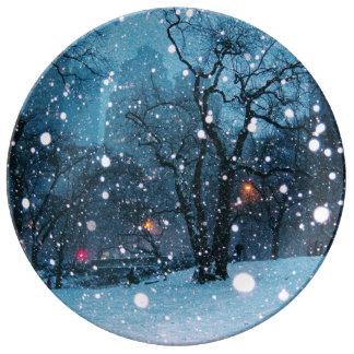 Nighttime City Snow Porcelain Plate