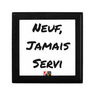 NINE, EVER SERVED - Word games - François City Gift Box