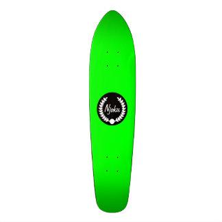 Njoku Green 'Wreath' Skateboard. 21.6 Cm Old School Skateboard Deck