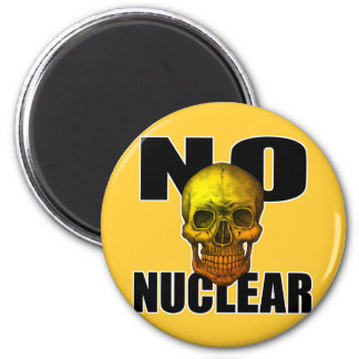 NO NUCLEAR SKULL 6 CM ROUND MAGNET