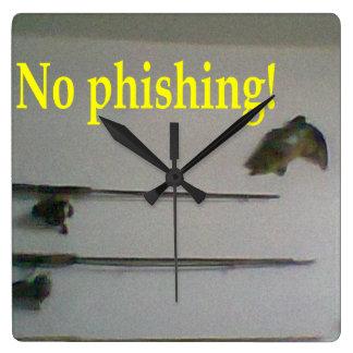 No phishing! wallclocks