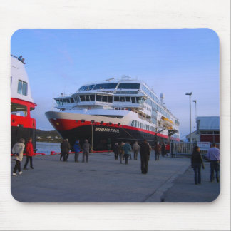 Norway, Bergen, cruise ship Mouse Pad