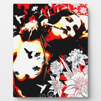 Nostalgic Seduction - Mischievous Hummingbird Plaque
