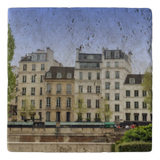 Nothing says Paris Trivet