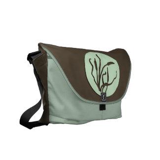 Nouveau Reed Silhouette Messenger Bag