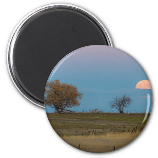 November Supermoon Rising 6 Cm Round Magnet