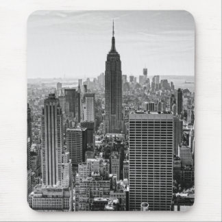 NY City Skyline Empire State Building, WTC BW V Mouse Pad