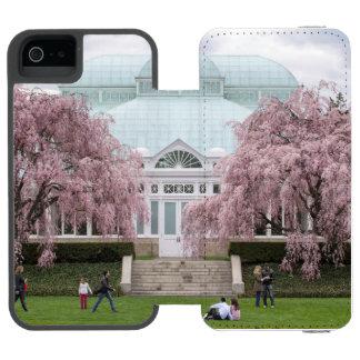 NYBG Weeping Cherry Incipio Watson™ iPhone 5 Wallet Case