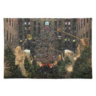 NYC Rockefeller Center Xmas Tree Falling Snow Place Mats