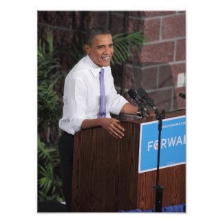 Obama Speaks Photo