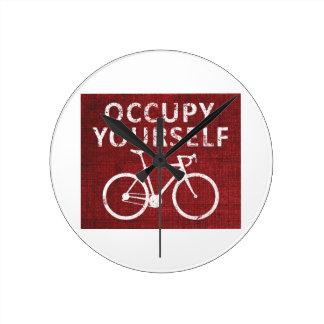 Occupy Yourself Clock