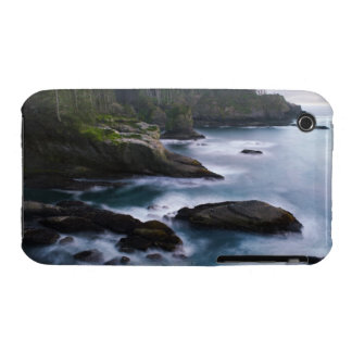 Ocean and rocky shore of remote area 2 Case-Mate iPhone 3 cases