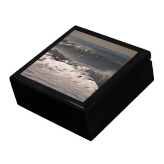 Ocean Storm Waves Gift Box