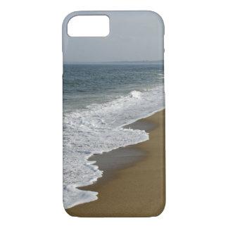 Ocean Waves on the Beach iPhone 8/7 Case