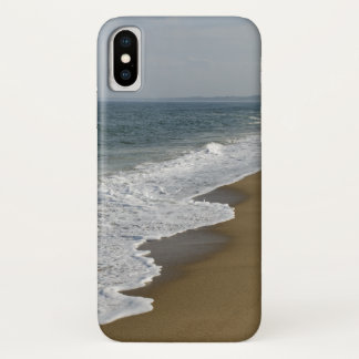 Ocean Waves on the Beach iPhone X Case