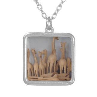 Ocho carvings silver plated necklace