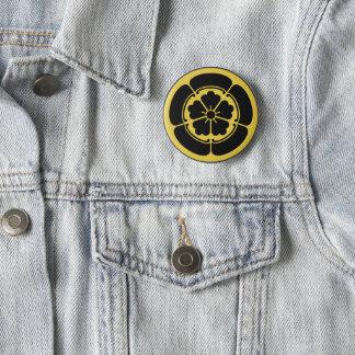Oda Mon Japanese samurai clan yellow on black 6 Cm Round Badge