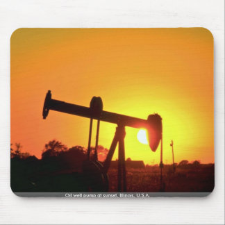 Oil well pump at sunset, Illinois, U.S.A. Mouse Pad