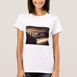 Old Antique Keyboard Piano Keys Instrument T-Shirt