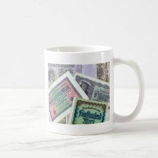Old banknodes basic white mug