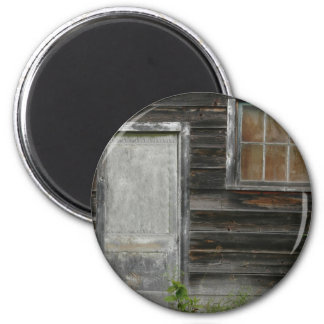 old barn door and window 6 cm round magnet