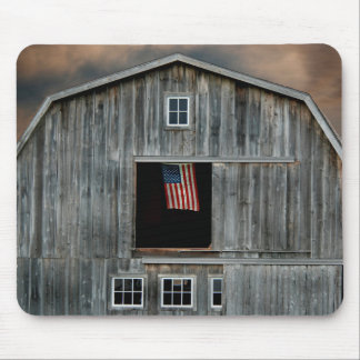 old barn with American flag Mouse Pad