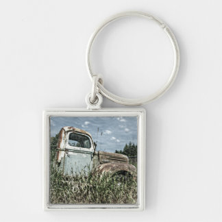 Old Beater Truck - Rusty Vintage Farm Vehicle Key Ring