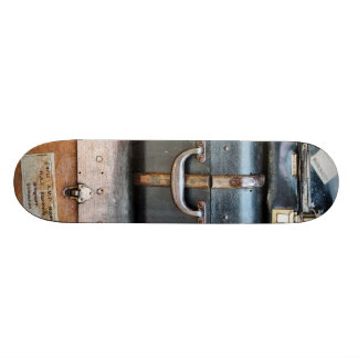 OLD ENGLAND 21.6 CM SKATEBOARD DECK