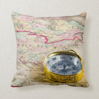 Old geographical map of the United States Cushion