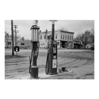 Old Iowa Gas Station; 1940 Poster