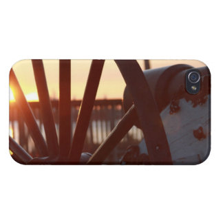 Old Military Cannon Wheel Sunset Photo Case For iPhone 4