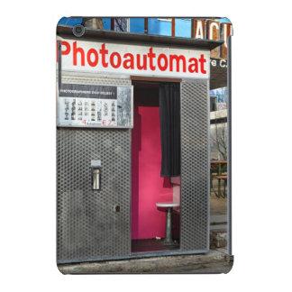 Old photo booth in Berlin, Germany iPad Mini Retina Cases