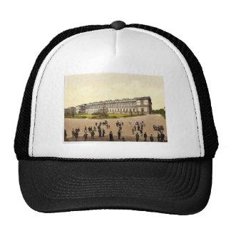 Old Pinakothek Munich Bavaria Germany magnifice Mesh Hat