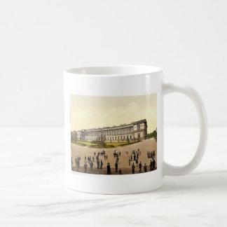 Old Pinakothek, Munich, Bavaria, Germany magnifice Coffee Mug
