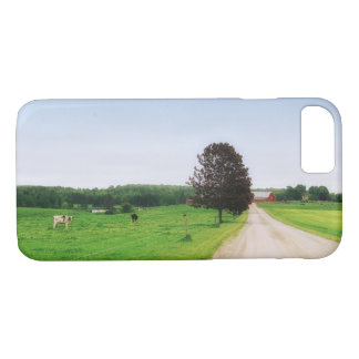 Old Town Country Dairy Farm Beautiful Photograph iPhone 8/7 Case