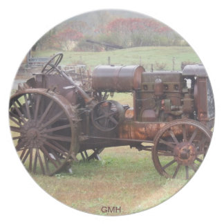 OLD TRACTOR COLLECTION PLATE by GMH