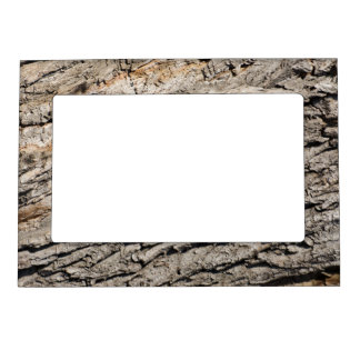Old trunk pattern magnetic picture frame